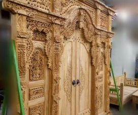 Pintu-Gebyok-Ukir-Rumah-Jawa