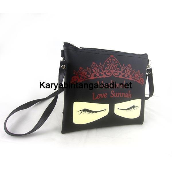 contoh tas pouch